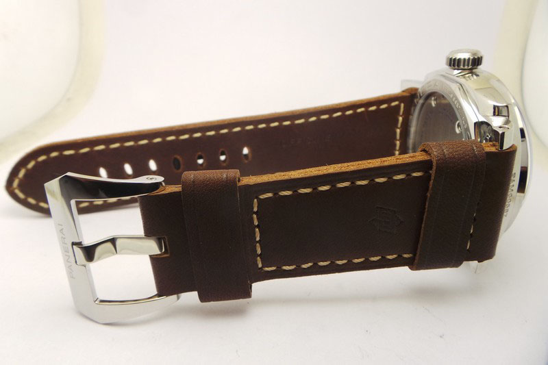 replique Panerai bracelet en cuir