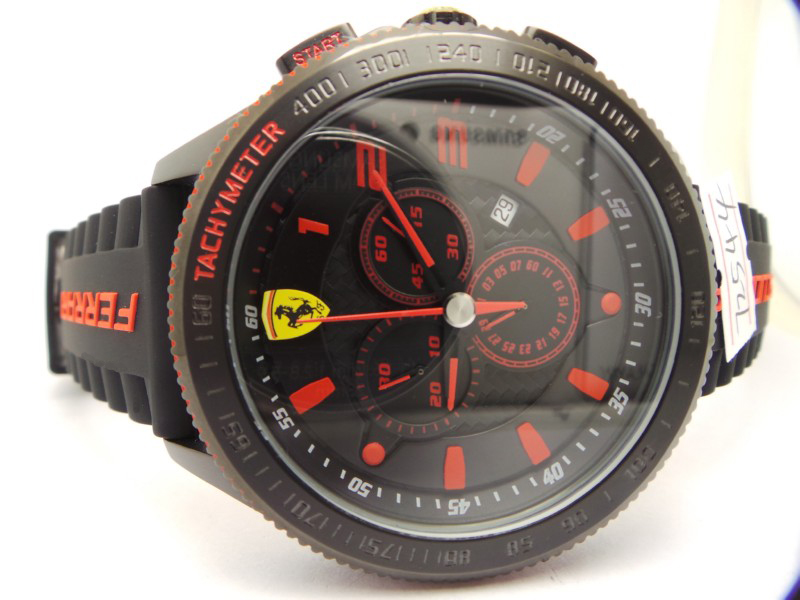 iconic replique montre Ferrari