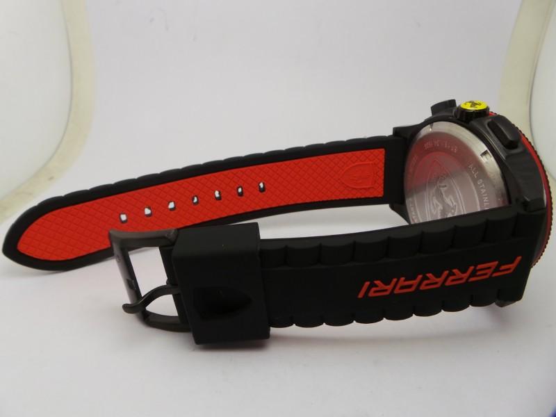 copie montres Ferrari bracelet